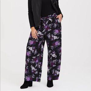 TORRID floral crepe wide leg pants size 2